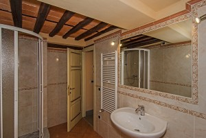 Particolare bagno camera Edgar Lucca